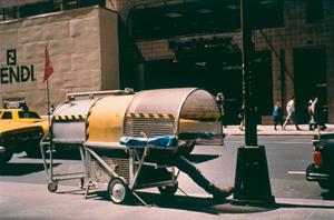 Homeless_Vehicle_New_York_2_SMALL